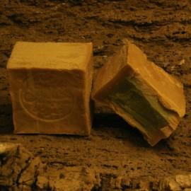 véritale savon d'Alep 20% d'huilde de baie de laurier